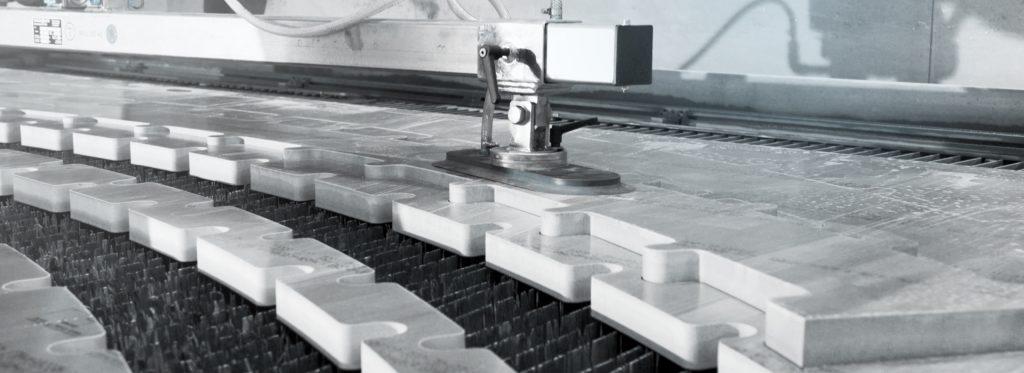 Wasserstrahl-Maschinen vonWMH GROUP GERMANY
